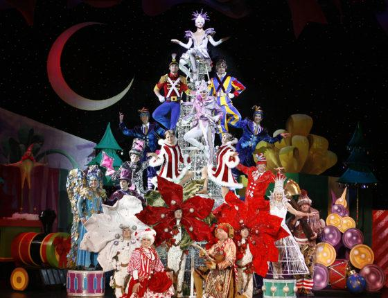 See Cirque Dreams Holidaze in Boston Next Weekend