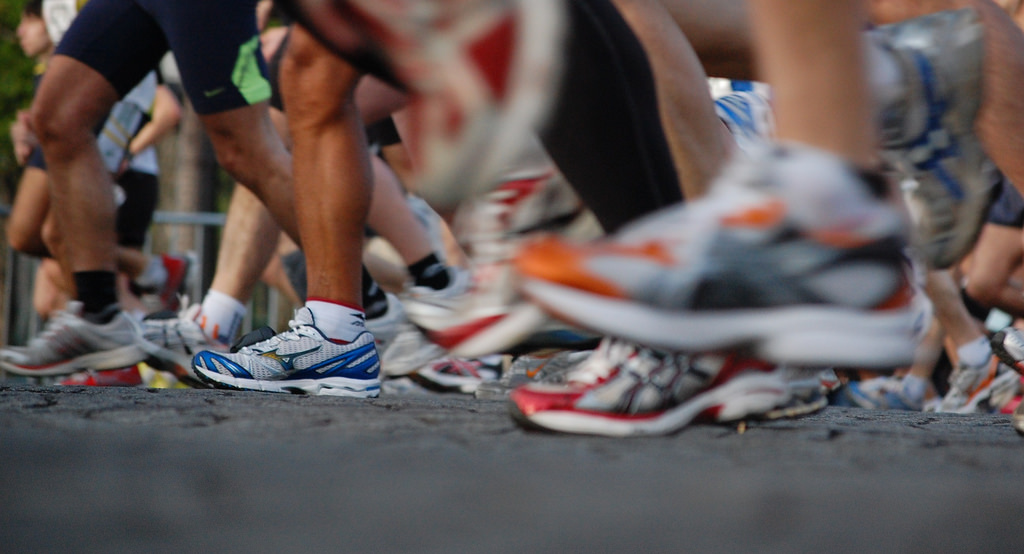 4 Questions to Ask Yourself When Choosing Athletic Shoes